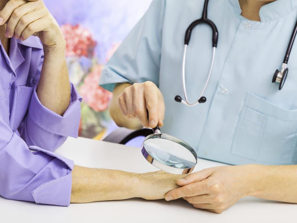 Диагностика у дерматолога
