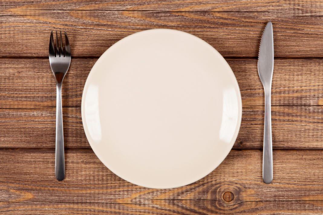 При лечении необходимо соблюдение диеты