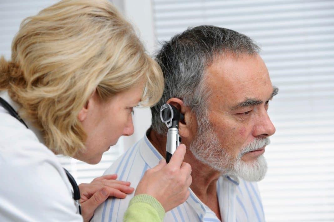 Рак уха: первые признаки, симптомы и лечение