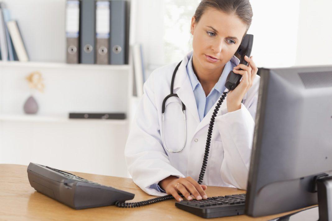 Почему врачи в Америке сообщают пациентам о раке по телефону?