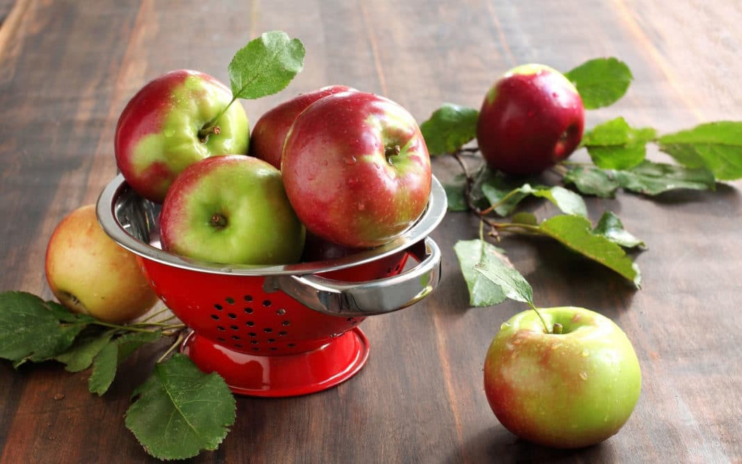 Яблоки от рака