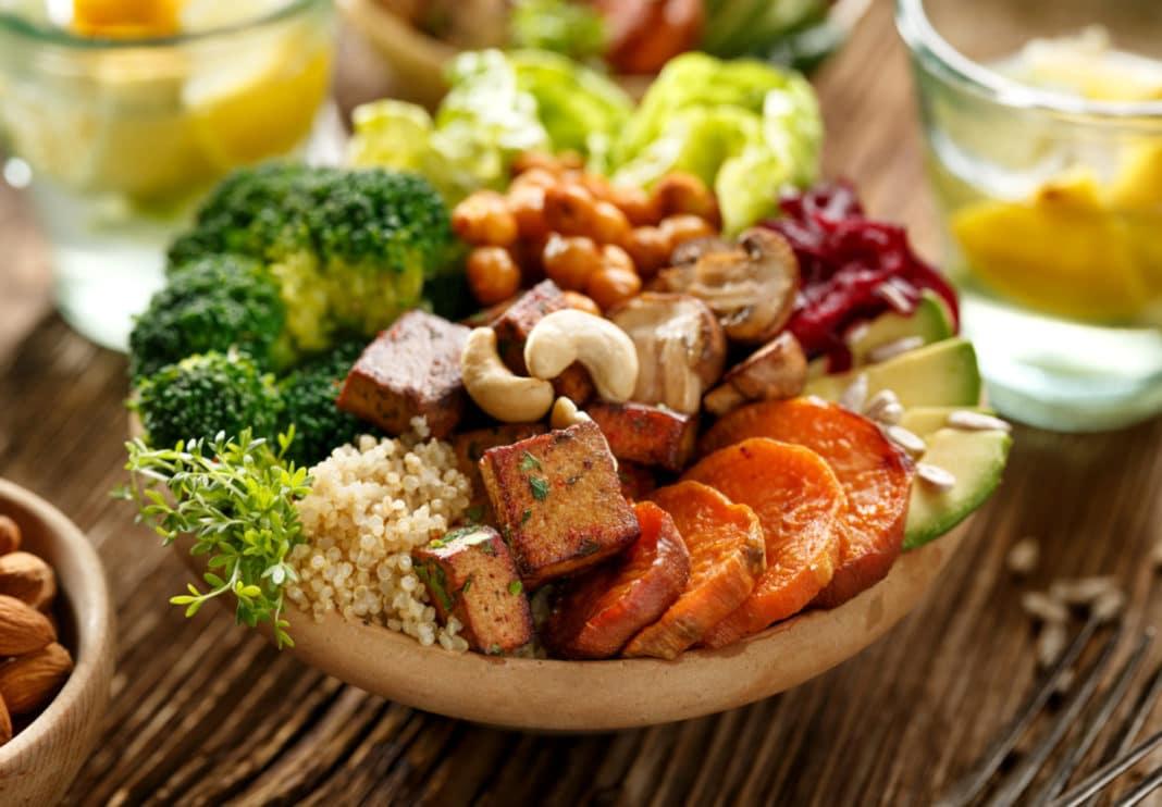 При сахарном диабете полезно придерживаться вегетарианского питания