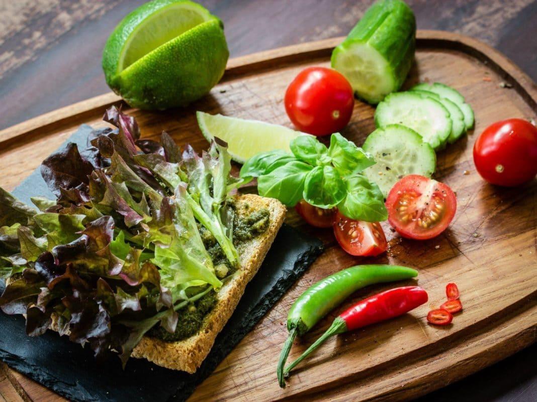 Влияет ли вегетарианство на течение рака?