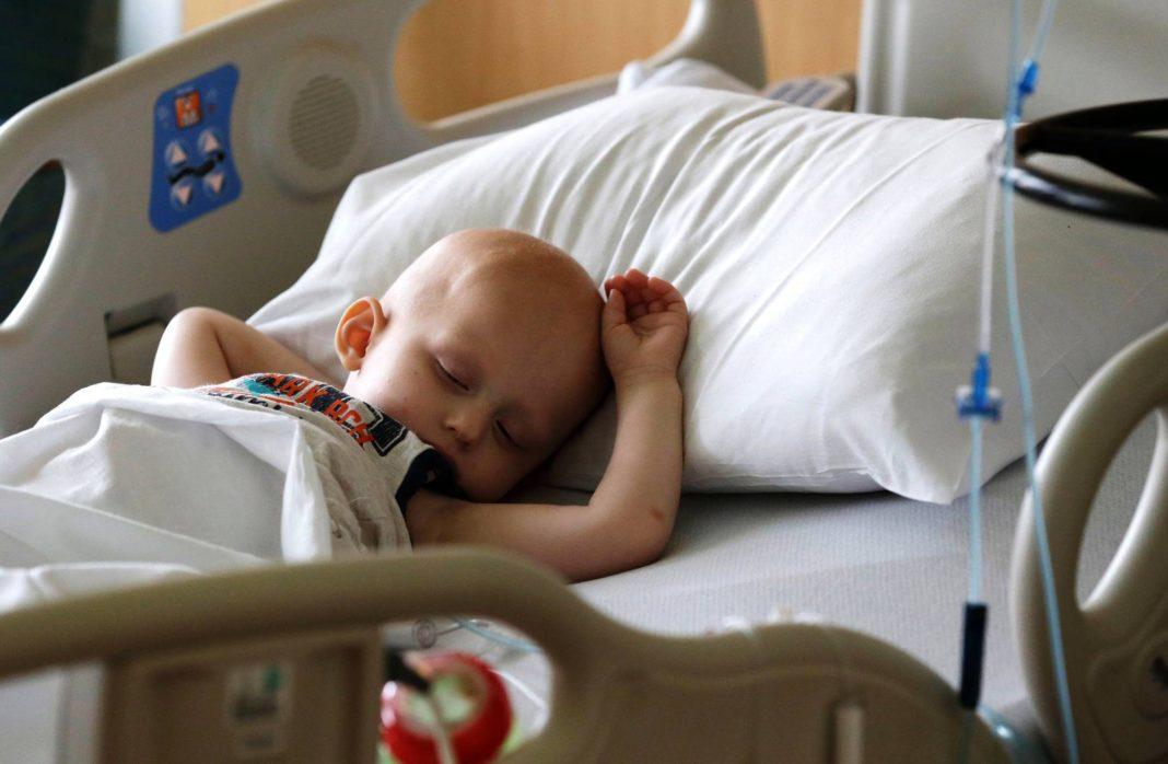 Симптомы, по которым можно заподозрить рак у ребенка