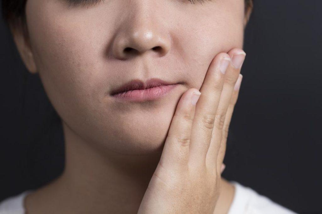 Симптоматика при раке челюсти