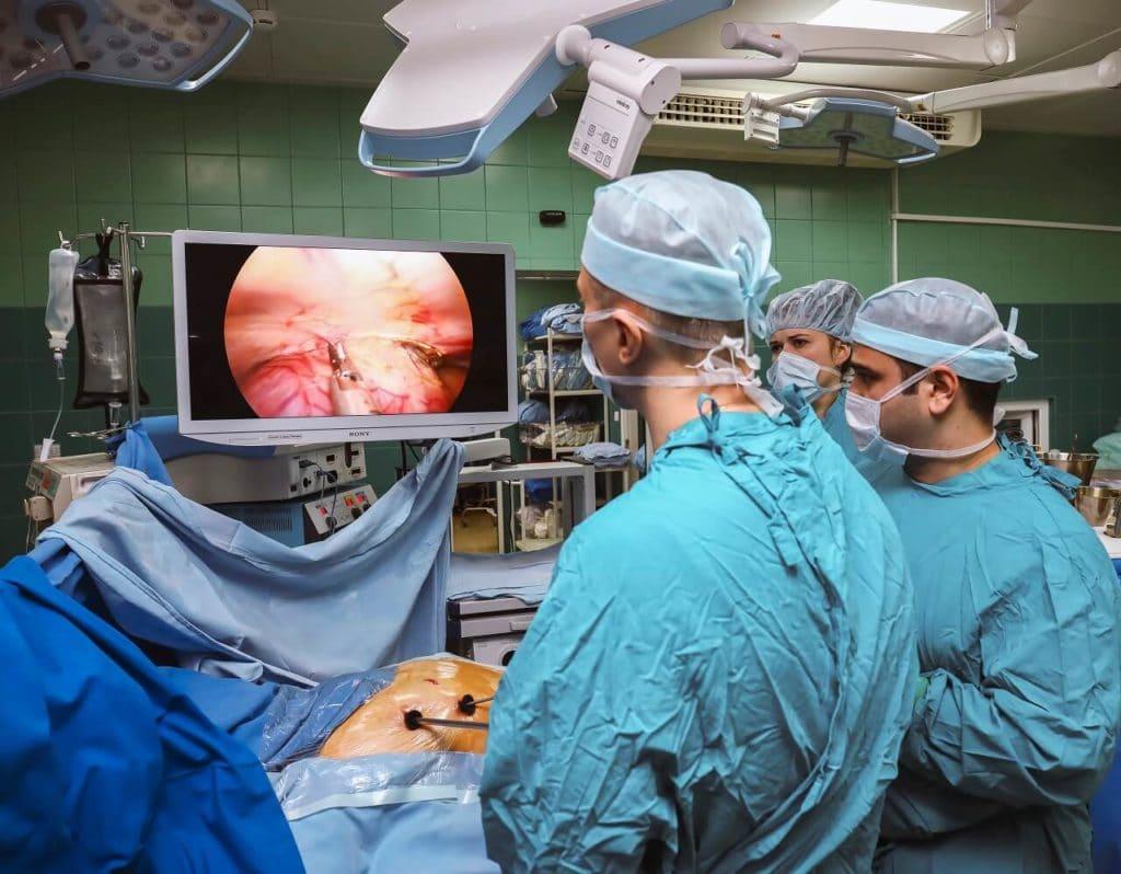 Оперативное лечение хондросаркомы позвоночника